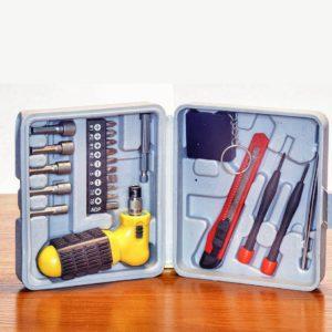 Набор инструментов из 22 предметов для установки теплицы