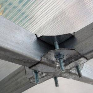 Поликарбонатная теплица Тундра Премиум шириной 3 м, профиль 40х20 мм шаг между дугами 0,67 м