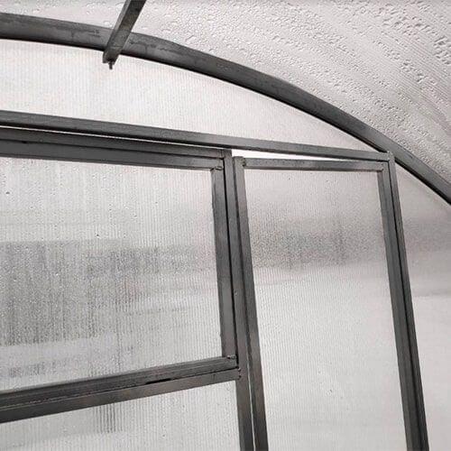 Поликарбонатная теплица Тундра Широкая шириной 4 м, профиль 40х20 мм шаг между дугами 0,67 м