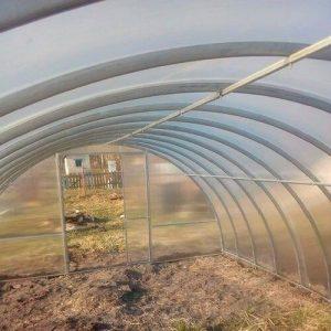 Теплица Сибирская Двустворчатая из поликарбоната для выращивания томатов, перцев, баклажанов